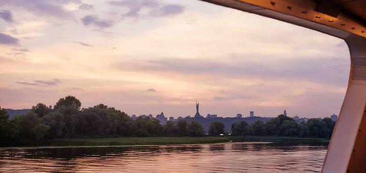 Романтические прогулки по Днепру на современном лайнере «Silver Wave»